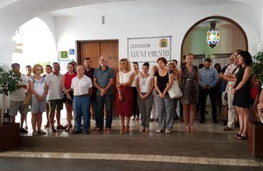 Acto solidario en Nerja en apoyo a las víctimas y familiares del atentado de Barcelona