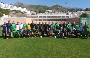 Partido de fútbol cargado de civismo y profesionalidad