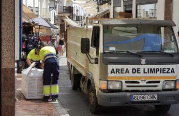 El Ayuntamiento pone en marcha el servicio de recogida de cartón comercial en la zona centro