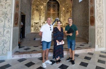 Iniciados los trabajos de limpieza de pinturas y ornamentos de la Ermita tras su restauración