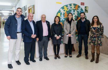 El Ayuntamiento informa de las necesidades de los  centros educativos a la Delegada de la Junta