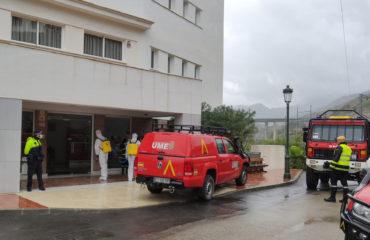 La UME realiza tareas de desinfección en la Residencia del Buen Samaritano