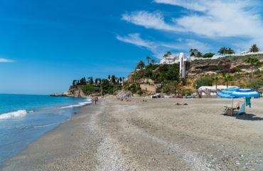 España Directo graba en Nerja las medidas sanitarias establecidas en las playas