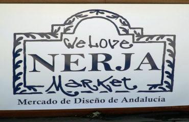 Vuelve el mercado artesanal de la plaza de España