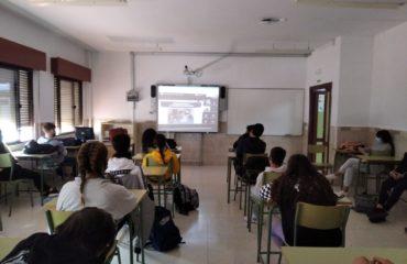 Conferencia online en los institutos contra la violencia de género