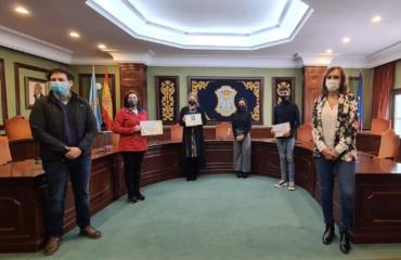 El Ayuntamiento entrega los premios a los ganadores de los concursos de Navidad