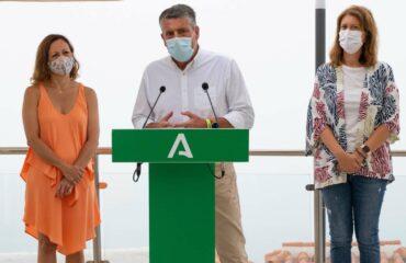 La Junta de Andalucía presenta en Nerja sus nuevos incentivos para establecimientos de alojamiento turístico