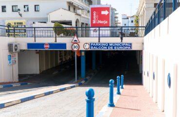 Se refuerza la vigilancia en el Aparcamiento Municipal Balcón de Europa con tres nuevas contrataciones