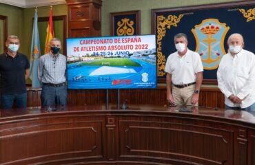 El alcalde muestra su satisfacción por conseguir el objetivo de que Nerja sea sede oficial del Campeonato de España de Atletismo Absoluto 2022